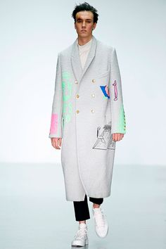 [Sankuanz]: long grey outerwear with creative pops of color