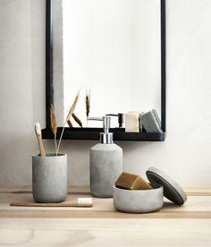 Easy bathroom accessories