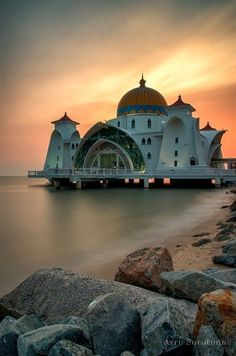 The Masjid Selat Melaka (The Malacca Straits Mosque) is located on a man-made Island in Malacca, Malaysia and appears to be a floating structure when the water level is higher. Photo by Azri Suratmin Places Around The World, Oh The Places You'll Go, Travel Around The World, Places To Travel, Places To Visit, Around The Worlds, Vacation Places, Beautiful Mosques, Beautiful Buildings