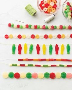 fun holiday garlands to make with kids!
