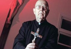 UNCIÓN  CATÓLICA  Y  PROFÉTICA: El Exorcista Padre Gabriele Amorth nos habla sobre...