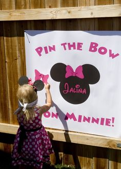 Minnie Mouse Birthday Pin the Bow on Minnie Minnie Mouse Birthday Party filled with clever references to Mickey Mouse Clubhouse with black, white, & hot pink colors & polka dot & chevron patterns. Minnie Mouse Party, Minnie Mouse First Birthday, Mickey Party, Mickey Mouse Birthday, Third Birthday, 3rd Birthday Parties, Mouse Parties, Disney Parties, Minnie Mouse Invitation