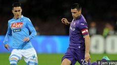 WinNetNews.com - Napoli berhasil merebut tiket semifinal Coppa Italia. Napoli lolos setelah menang tipis 1-0 atas Fiorentina lewat gol Jose Callejon. Bertanding di kandang sendiri di Stadion San Paolo, Rabu (25/1/2017) dinihari WIB, Napoli mengistirahatkan Dries Mertens dan memasang Leonardo Pavoletti.
