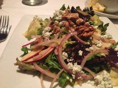 Ruth Chris Steakhouse Copycat Recipes: Apple Walnut Blue Cheese Salad -- Apple, Walnut & Bleu Cheese Salad with crisp mixed greens, maple candied walnuts and red onion, tossed with aged balsamic vinaigrette - no recipe, just what is involved
