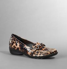 Cheetah flats by Kenneth Cole- Very sleek and dressy :)