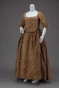 """Rare surviving block printed gown, MFA Boston, 54.633.""  ""Dress        American, made of English or French fabric, late 18th century         USA  Dimensions      133 x 99 cm (52 3/8 x 39 in.)  Medium or Technique      Printed cotton plain weave and cotton lining"""