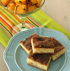 Yummy sopapilla cheesecake bars and grilled pineapple for Cinco de Mayo!!! www.foodtasticmom.com