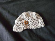 Ravelry: Baby Newsie Hat pattern by Donnetta Johnson Baby Hat Knitting Patterns Free, Free Knitting, Baby Knitting, Crochet Patterns, Crochet Ideas, Crochet Round, Crochet Baby, Knit Crochet, Crochet Newsboy Hat