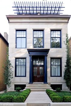 Luxury Homes for sale in Chicago, Illinois Exterior Paint Colors For House, House Colors, Style At Home, White Stucco House, Stucco Homes, Facade House, Victorian Homes, House Painting, Exterior Design