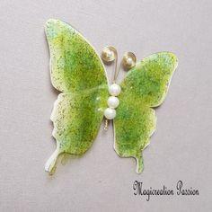 Papillon 3D décoration soie et transparent vert anis 10 cm Transparent, Decoration, Brooch, Support, Dimensions, 3d, Playing Card, Silk, Butterflies