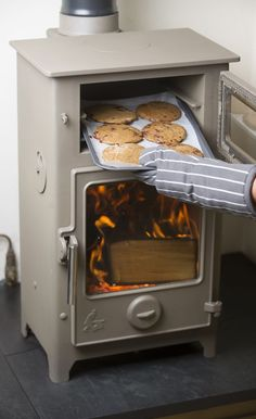 Hazelnut and dark chocolate cookies baked in the Dartmoor Baker wood burning stove and oven wood house DIY Computer Desk Ideas You Can Build Now in 2019 Tiny Wood Stove, Small Wood Stoves, Morso Wood Stove, Wood Oven, Diy Computer Desk, New Stove, Stove Oven, Into The Woods, Stove Fireplace