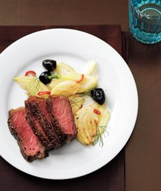Steak With Sautéed Fennel and Olives (only 360 calories per serving)