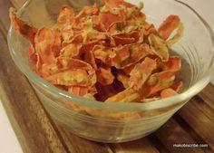 Carrot Chips Recipe Great Alternative To Croutons ⋆ Makobi Scribe Healthy Party Snacks, Healthy Menu, Healthy Recipes, Carrot Chips, Veggie Chips, Healthy And Unhealthy Food, Healthy Eating, Healthy Chip Alternative, Farmers Market Recipes