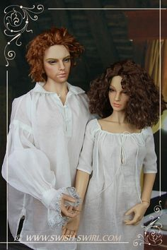 Jamie and Claire Fraser. 1740s wedding shirt and shift. #swishandswirl #Outlander Iplehouse Leonard and Carina dolls.