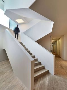 Piuarch studio of architecture have completed the Bentini Headquarters building in Faenza, Ravenna, Italy Architecture Design, Minimal Architecture, Beautiful Architecture, Contemporary Architecture, Interior Stairs, Interior And Exterior, Lofts, Modern Stairs, Staircase Design