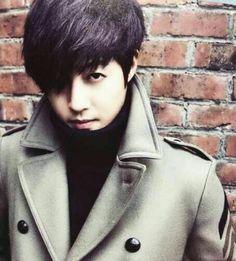 Kim hyun Joong...