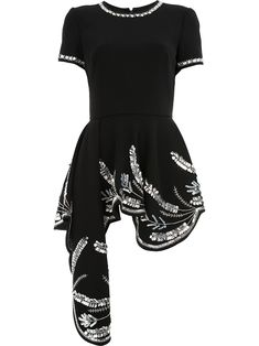 OSCAR DE LA RENTA OSCAR DE LA RENTA OSCAR DE LA RENTA 18FE729STW BLACK W/CRSTL VIRGIN WOOL/POLYAMIDE/SPANDEX/ELASTANE/. #oscardelarenta #cloth Looks Chic, Looks Style, Stage Outfits, Cool Outfits, Kpop Fashion, Womens Fashion, Casual Dresses, Fashion Dresses, Queen Dress