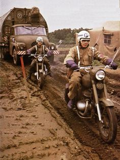 Czechoslovak People's Army Warsaw Pact, Military Police, Pms, Cool Trucks, Military Vehicles, Techno, Cold War, Classic, Warriors