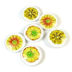 Flower Magnets, Decorative Magnets, Yellow