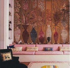 The pink room in Fleur Cowles' Mayfair rooms .