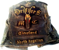 Very cool old club jacket Biker Clubs, Motorcycle Clubs, Motorcycle Fashion, Outlaws Mc, Harley Davidson, Outlaws Motorcycle Club, Bike Gang, Biker Vest, Biker Patches