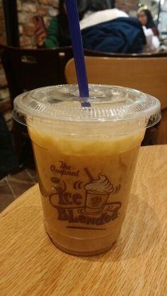커피빈 아메리에 바닐라파우더 더하기  맛있다 너란녀석