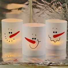 3 Minute Paper Snowman Luminaries by @Amanda Snelson Snelson Formaro for Spoonful
