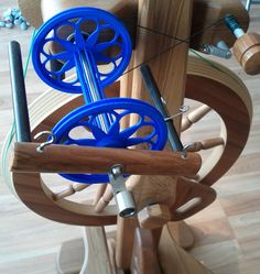 Absolutely WOW - a 3d printed bobbin for a Majacraft, designed by Krytes42 on Ravelry. Amazing.