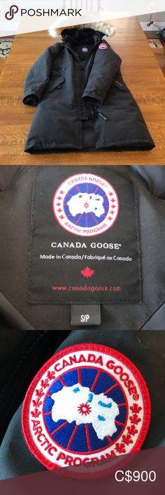 Canada Goose Kensington Parka Worn a few times, excellent condition! Canada Goose Kensington, Kensington Parka, Canada Goose Parka, Canada Goose Jackets, Plus Fashion, Fashion Tips, Fashion Trends, Blazers, Jackets For Women