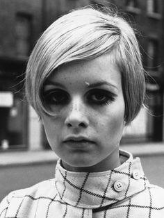 【ELLEgirl】ピクシーカット|'60sアイコンから学ぶ!秋のトレンドヘア大解剖|エル・ガール・オンライン