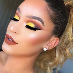 Happy Friday Makeup Geeks! Here's some sunrise vibes to start your day
