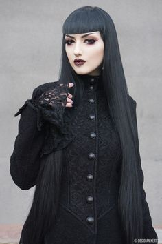 Model: © Obsidian Kerttu Welcome to Gothic and Amazing |www.gothicandamazing.com