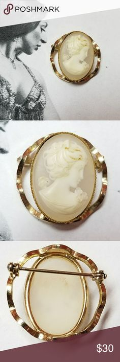 "Vintage gold tone and resin cameo brooch Vintage resin cameo in a gold tone setting. Measures 1""x1"" and is in excellent vintage condition. Clasp and hinge in pin are very sturdy and in excellent working order. Reasonable offers welcome and accepted. Add to a bundle and I'll offer you a great deal ❤ Vintage Jewelry Brooches"