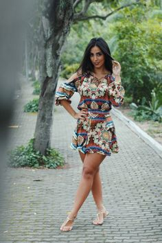LOOK: Soltinho com estampas! - Jade Seba