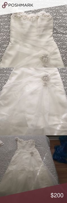 Weeding dress Beautiful one shoulder weeding dress, ivory color and perfect for an outside wedding or day weeding (used one time ) Dresses Wedding
