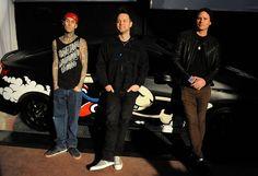 Blink-182's Hoppus, Barker Blast 'Ungrateful, Disingenuous' Tom DeLonge - Well then.