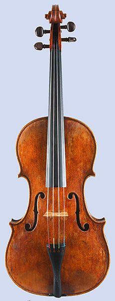 Viola by Andrea Amati, Cremona, ca. 1560 (full view)