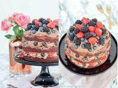 * Angel of Berlin: [bakes...] Very Berry Chocolate Naked Cake