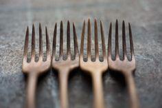 wooden forks Kitchen Tools, Kitchen Ideas, Wooden Fork, Carving Wood, Wooden Kitchen, Woodcarving, Wooden Tables, Etsy Handmade, Kitchen Accessories
