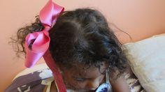 Rubans roses, gros noeud en satin rose, parure de cheveux, headband rose.  marque Frou-Frou