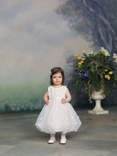 Straps natural waist with hand made flower organza dress for flower girl