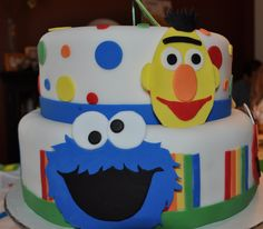 Sesame Street inspired cake for my 2 year old