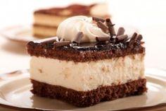 Chocolate Cake with Milk Cream/Prajitura de ciocolata cu crema de lapte