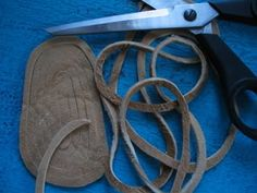 Moccasins How to make one-piece moccasins - PaleoPlanet Beaded Moccasins, Leather Moccasins, Leather Boots, Native American Moccasins, Native American Clothing, Sewing Leather, Leather Crafting, How To Make Moccasins, Leather Bag Tutorial