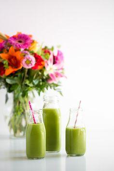 All Day Glow Green Smoothie — Oh She Glows. Vegan, gluten-free, grain-free, no bake/raw, nut-free, oil-free, refined sugar-free, soy-free.