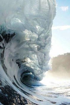 Photo via: Fierce Gentleman Incredible photo of a crashing wave.