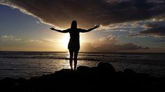 Ivi entdeckt die Welt https://www.instagram.com/ivi_entdeckt_die_welt/?hl=de Mauritius sunset - Sonnenuntergang auf Mauritius - Tamarin - clouds - Wolken