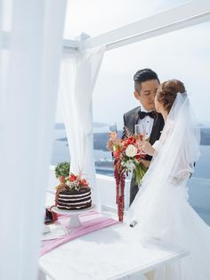 Real Weddings, Wedding Dresses, Fashion, Bride Dresses, Moda, Bridal Gowns, Alon Livne Wedding Dresses, Fashion Styles, Wedding Gowns