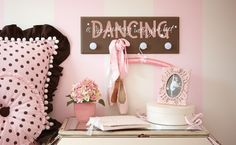Adorable Ballerina Room ~ So plan to make my little princess' room look this way...she love pink and loves ballet :)