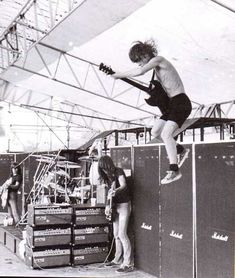 #ACDC,#angus,Malcolm,#young Malcolm #Young and #Angus #Young #of AC/DC… - http://sound.saar.city/?p=37094